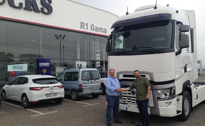 entrega camiones Renault